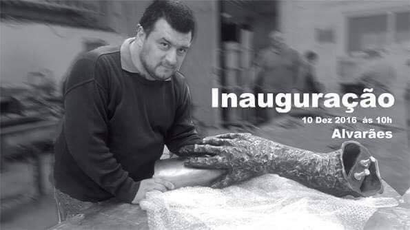 O artista plástico Alvaranense Filipe Neves, responsável pela escultura alusiva aos trabalhadores das telheiras.